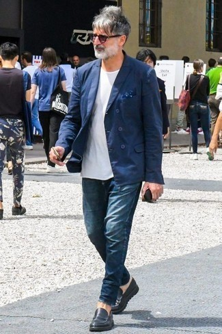 How to Wear Navy Jeans For Men: For a look that's worthy of a modern sartorial-savvy man and casually smart, dress in a navy double breasted blazer and navy jeans. Feeling venturesome today? Spice up this look by finishing with black leather loafers.