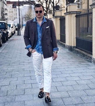 Blue Denim Shirt Warm Weather Outfits For Men: A blue denim shirt and white ripped jeans have become a favorite off-duty combination for many style-conscious men. For something more on the dressier end to finish off this outfit, introduce a pair of black leather tassel loafers to this ensemble.