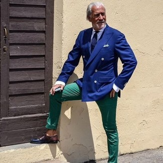 How to wear: blue double breasted blazer, white dress shirt, green chinos, dark brown leather derby shoes