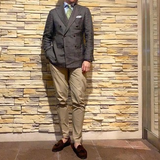 How to wear: dark brown double breasted blazer, light blue dress shirt, khaki chinos, dark brown suede tassel loafers