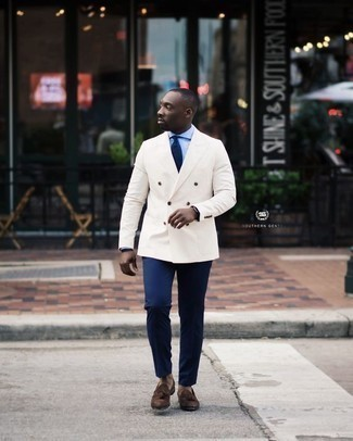 How to Wear a Black Watch For Men: This pairing of a white double breasted blazer and a black watch brings comfort and practicality and helps keep it simple yet modern. Dial up the classiness of your ensemble a bit by rocking a pair of dark brown suede tassel loafers.
