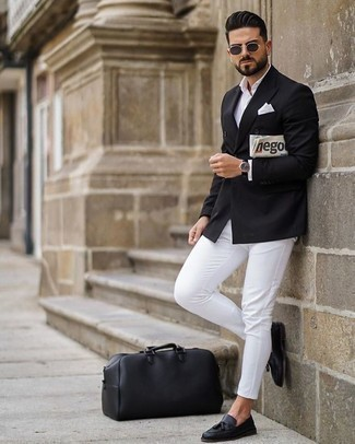 How to Wear a Black Leather Holdall For Men: Such staples as a black double breasted blazer and a black leather holdall are an easy way to introduce played down dapperness into your casual collection. Go off the beaten path and jazz up your outfit by sporting black leather tassel loafers.