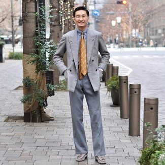 White Socks Outfits For Men: If you're after a casual yet on-trend look, wear a grey check double breasted blazer and white socks. To introduce some extra flair to this ensemble, introduce grey suede tassel loafers to this look.
