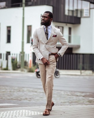Burgundy Print Pocket Square Outfits: This casual street style combo of a beige check double breasted blazer and a burgundy print pocket square is super easy to throw together in next to no time, helping you look sharp and prepared for anything without spending too much time digging through your wardrobe. Perk up your getup by rocking brown leather tassel loafers.