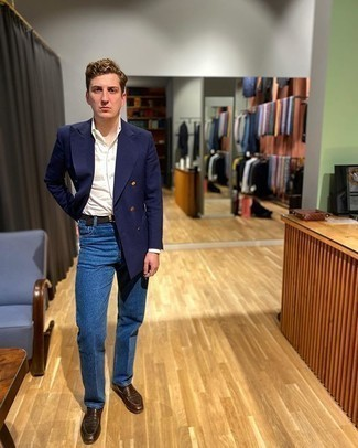Blue Jeans with White Shirt Outfits For Men: Putting together a white shirt with blue jeans is an amazing idea for an effortlessly sleek look. To introduce some extra definition to your getup, add a pair of brown leather loafers to the equation.