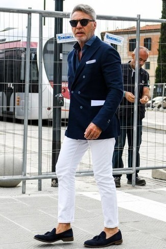 Navy Sunglasses Outfits For Men: A navy double breasted blazer and navy sunglasses worn together are a savvy match. A trendy pair of navy suede tassel loafers is an easy way to give an added touch of refinement to this look.