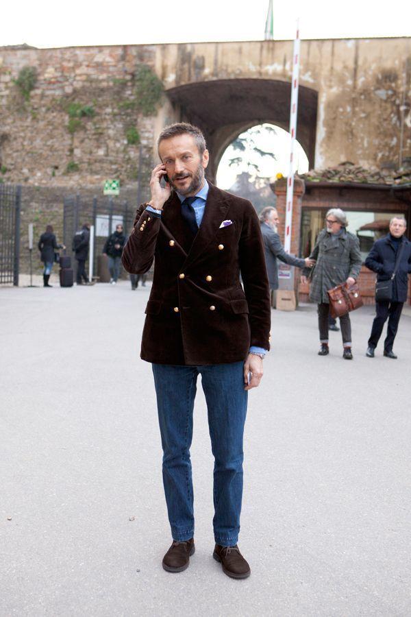 How To Wear a Light Blue Dress Shirt With Dark Brown Boots | Men\'s ...