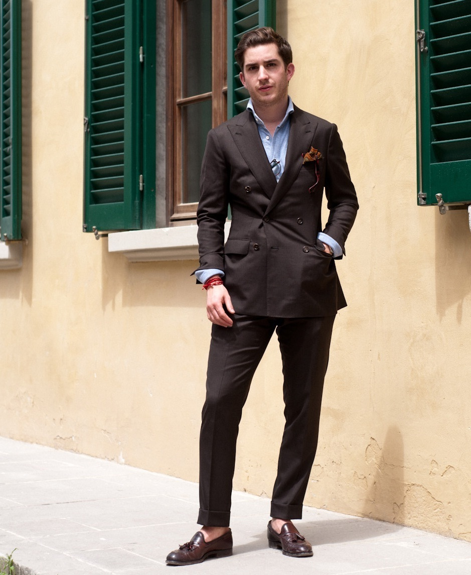 big sale ede9f 0d4c2 How to wear  dark brown double breasted blazer, light blue long sleeve  shirt,