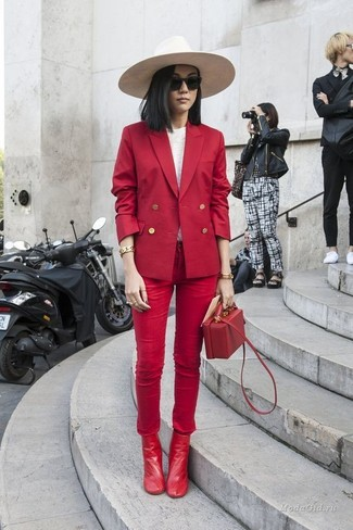 How to wear: red double breasted blazer, white long sleeve t-shirt, red skinny jeans, red leather ankle boots