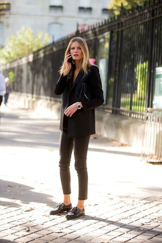 How to wear: black vertical striped double breasted blazer, brown leather skinny pants, black leather oxford shoes, black suede clutch