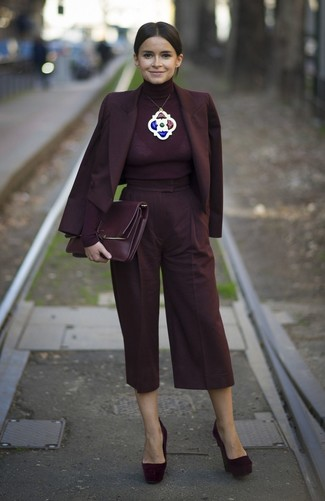 How to wear: burgundy double breasted blazer, burgundy turtleneck, burgundy culottes, burgundy suede pumps