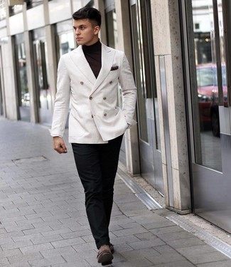 Men's Outfits 2021: This is indisputable proof that a white double breasted blazer and black dress pants are awesome when married together in a sophisticated outfit for a modern gent. Wondering how to finish off? Make brown suede double monks your footwear choice to jazz things up.
