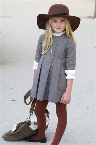 How to wear: grey dress, white long sleeve t-shirt, black ballet flats, burgundy hat