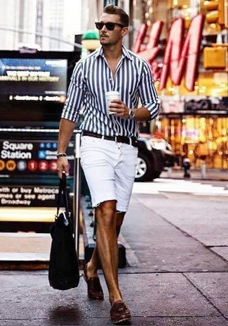 How to wear: white and navy vertical striped dress shirt, white denim shorts, dark brown leather tassel loafers, black canvas tote bag