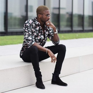 How to wear: black floral dress shirt, black skinny jeans, black suede chelsea boots, silver watch