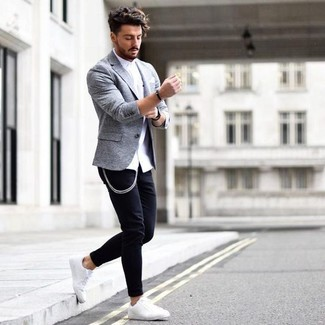 How to wear: white dress shirt, black skinny jeans, white leather low top sneakers, white pocket square