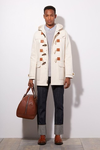 How to Wear a Brown Leather Holdall In Your 30s In Chill Weather For Men: For a laid-back and cool ensemble, reach for a white duffle coat and a brown leather holdall — these items work really well together. A pair of brown leather loafers immediately revs up the fashion factor of your outfit.