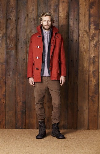 Swing into something classic yet on-trend with a red duffle coat and brown corduroy jeans. A pair of dark brown leather casual boots looks proper here. When it's one of those dull autumn afternoons, what better to brighten things up than a sharp outfit like this one?
