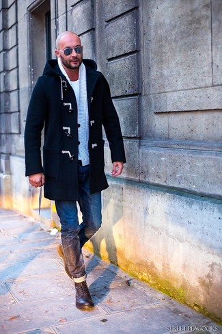 This combination of a navy duffle coat and navy jeans is hard proof that a safe ensemble doesn't have to be boring. A pair of dark brown leather casual boots will integrate smoothly within a variety of combos. When you have one of those gloomy fall days, sometimes only a knockout ensemble like this one can cheer it up.