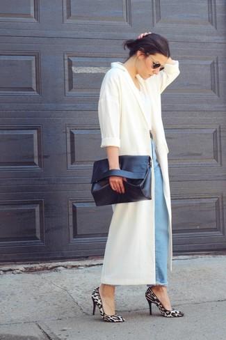 How to wear: white duster coat, white crew-neck t-shirt, light blue boyfriend jeans, grey leopard suede pumps
