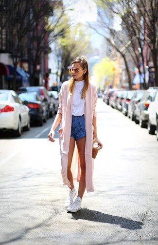 Consider pairing a hot pink duster coat with blue denim shorts and you'll look like a total babe. Mix things up by wearing white high top sneakers. This outfit is also great if you're after summer wear to get through a slow day at work.