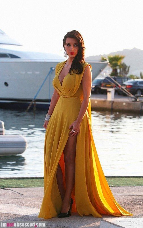 How to Wear a Yellow Evening Dress (30 looks) | Women\'s Fashion