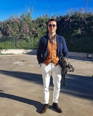 White Corduroy Chinos Outfits: To pull together a relaxed menswear style with a twist, you can easily go for a black field jacket and white corduroy chinos. Dark brown suede loafers are a surefire way to bring a sense of refinement to this outfit.