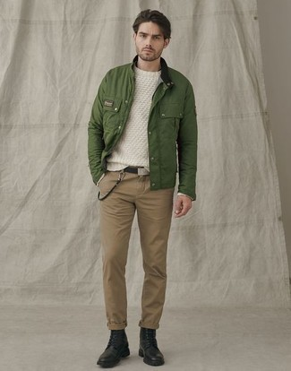 Khaki Chinos Spring Outfits: Reach for an olive field jacket and khaki chinos to pull together an interesting and modern-looking laid-back ensemble. Why not add black leather casual boots to your ensemble for an added dose of style? A vivid example of transeasonal style, this getup is ideal when warmer days are here.