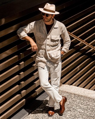 How to Wear Brown Leather Tassel Loafers: A beige linen field jacket and beige linen chinos are an easy way to infuse effortless cool into your off-duty lineup. Brown leather tassel loafers are an effortless way to punch up your ensemble.