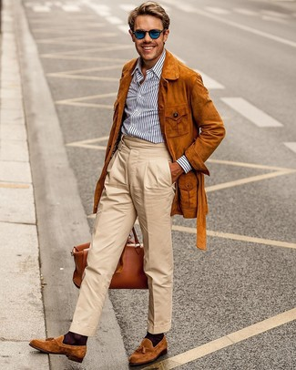 How to Wear Blue Sunglasses For Men: Opt for a tobacco suede field jacket and blue sunglasses for a laid-back twist on off-duty combos. Add tobacco suede tassel loafers to the mix for a masculine aesthetic.