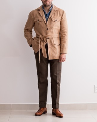 Brown Leather Brogues Outfits: A khaki field jacket and dark brown dress pants are certainly worth adding to your list of must-have menswear items. Brown leather brogues look amazing complementing your look.