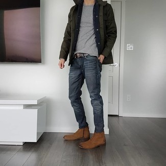 Brown Suede Casual Boots Outfits For Men: Wear a dark green field jacket and charcoal jeans for a casual look with a fashionable spin. A trendy pair of brown suede casual boots is an easy way to power up your look.