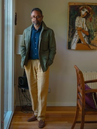 How to Wear a Navy Long Sleeve Shirt For Men: A navy long sleeve shirt and khaki dress pants are absolute wardrobe heroes if you're piecing together a sharp wardrobe that matches up to the highest sartorial standards. A pair of brown suede loafers looks wonderful here.