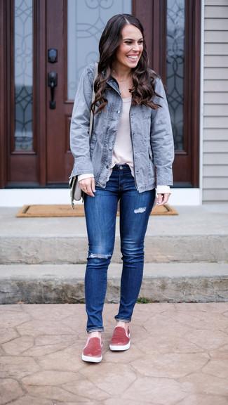 How to wear: grey fishtail parka, white long sleeve t-shirt, blue ripped skinny jeans, pink velvet slip-on sneakers
