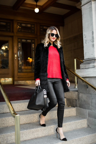 How to wear: black fur coat, red crew-neck sweater, black leather skinny pants, black suede pumps