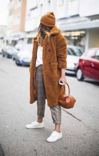 How to wear: tobacco fur coat, white and red print crew-neck t-shirt, brown plaid dress pants, white leather low top sneakers