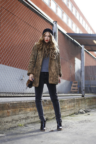 How to wear: brown fur coat, grey crew-neck t-shirt, charcoal skinny jeans, black leather ankle boots