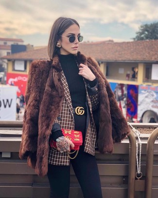 How to wear: brown fur coat, red check double breasted blazer, black turtleneck, black skinny jeans