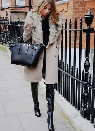 How to wear: beige fur collar coat, black crew-neck sweater, black skinny jeans, black leather over the knee boots