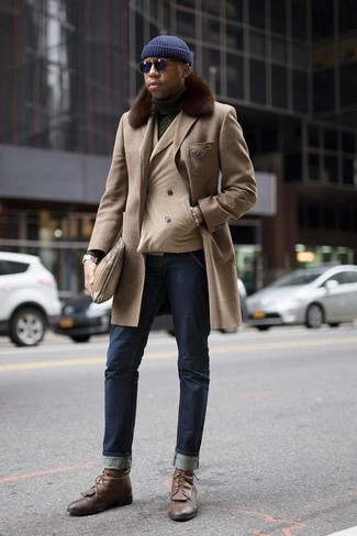 How to Wear Brown Leather Casual Boots For Men: This combo of a beige fur collar coat and navy jeans is a must-try effortlessly neat getup for any gent. Complete your outfit with a pair of brown leather casual boots to pull the whole look together.