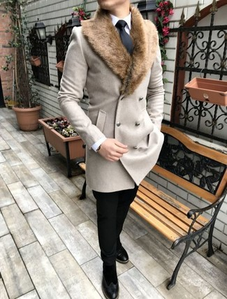 How to wear: beige fur collar coat, white dress shirt, black chinos, black suede chelsea boots