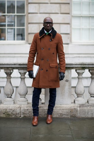 Dress in a brown coat and a navy blue suit like a true gent. If you don't want to go all out formal, rock a pair of brown leather monks. This is one of those season-appropriate looks that you can totally wear on your venture out when it's winter.