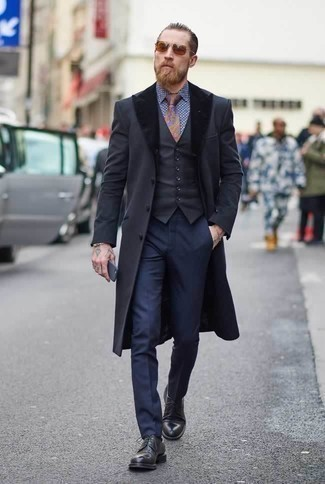 How to Wear a Gold Bracelet For Men: A charcoal fur collar coat and a gold bracelet are a good outfit formula to have in your off-duty wardrobe. Why not complement your getup with black leather derby shoes for a touch of polish?