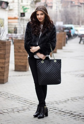 How to wear: black fur jacket, white short sleeve blouse, black skinny pants, black leather ankle boots
