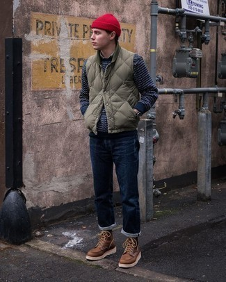 Olive Quilted Gilet Chill Weather Outfits For Men: For a casual outfit, choose an olive quilted gilet and navy jeans — these pieces fit really good together. If you need to immediately kick up your outfit with one single item, introduce brown leather casual boots to the equation.