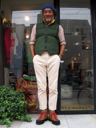 How to wear: dark green quilted gilet, beige plaid long sleeve shirt, beige chinos, brown suede high top sneakers