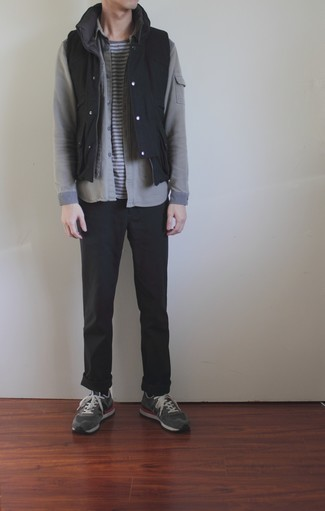 Grey Long Sleeve Shirt Outfits For Men: A grey long sleeve shirt and black chinos are great menswear essentials that will integrate nicely within your daily casual lineup. A pair of grey athletic shoes instantly boosts the cool of your outfit.
