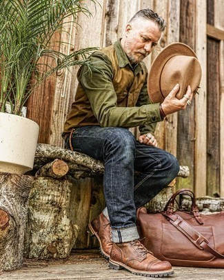 Tan Wool Hat Outfits For Men: If you feel more confident wearing something functional, you'll love this modern casual pairing of a tan gilet and a tan wool hat. Feeling creative? Mix things up by rocking brown leather casual boots.