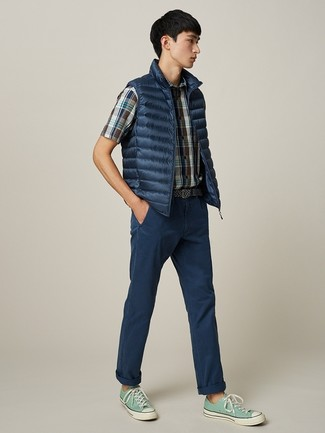 How to wear: navy gilet, navy plaid short sleeve shirt, navy chinos, mint canvas low top sneakers