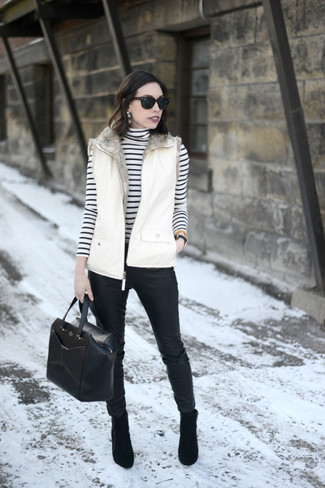 How to wear: white gilet, white and black horizontal striped turtleneck, black leather skinny pants, black suede ankle boots